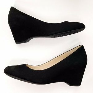 Cole Haan The Go To Wedge Black Nubuck